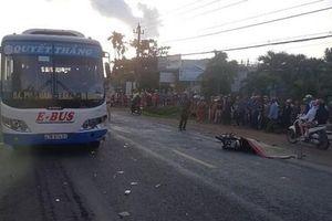 Va chạm giữa xe buýt và xe máy, 1 người tử vong