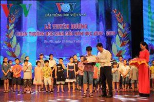 VOV tuyên dương khen thưởng học sinh Giỏi năm học 2018 - 2019