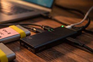Sony có hub USB-C đẳng cấp, truyền dữ liệu nhanh nhất thế giới