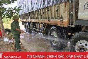 Dịch bủa vây tứ phía, Vũ Quang quyết bảo vệ an toàn đàn lợn