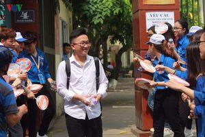 Nghệ An có 33 thí sinh điểm 10, Đà Nẵng có 12 bài điểm 0 môn Ngữ văn