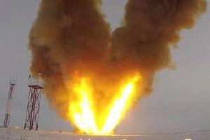 Ngẫm tương lai vũ khí từ loạt siêu tên lửa 'thông minh' của Nga