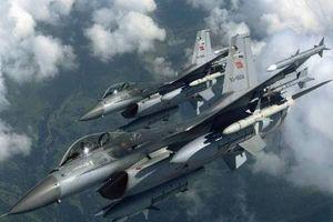 Chiến đấu cơ Thổ Nhĩ Kỳ quần thảo bắc Raqqa, báo động một cuộc tấn công sắp xảy ra