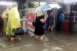Tăng cường công tác phòng chống dịch bệnh và đảm bảo an toàn thực phẩm mùa mưa lũ