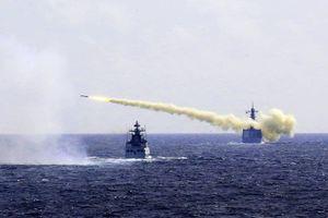 Phóng loạt 'sát thủ diệt hạm', Trung Quốc sắp soán ngôi Mỹ ở Biển Đông?