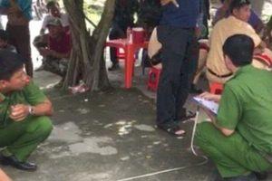 Bắt khẩn cấp hai thanh niên lấy tài sản người bị tai nạn tử vong bên đường