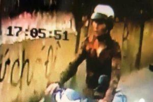 TPHCM: Bắt nghi can cứa cổ tài xế xe ôm cướp tài sản