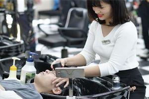 Từ văn hóa phục vụ tới tinh thần liên tục đổi mới ở chuỗi tóc số 1 Việt Nam