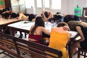 Nhiều 'nam thanh nữ tú' bị bắt khi sử dụng ma túy tại Đà Nẵng