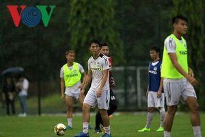 Tuấn Anh, Xuân Trường đội mưa tập luyện cùng HAGL quyết đấu Hà Nội FC