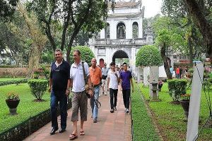 Sáu tháng, 14,39 triệu lượt khách du lịch đến Hà Nội