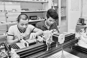 Xây dựng tài nguyên giáo dục mở trong các trường đại học