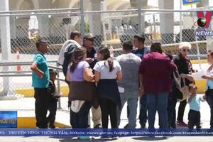 Mỹ cấm người vượt biên từ Mexico xin tị nạn
