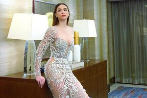 Chuyện showbiz: Hà Hồ nóng bỏng hút mắt với váy xuyên thấu
