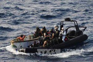 10 thủy thủ bị cướp biển bắt cóc ở ngoài khơi Nigeria