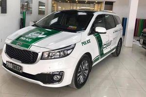 Hàng loạt xe sang dán logo cảnh sát Dubai bị từ chối đăng kiểm