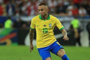 Chuyển nhượng bóng đá quốc tế ngày 17-7: Arsenal trả 40 triệu euro mua Everton Soares