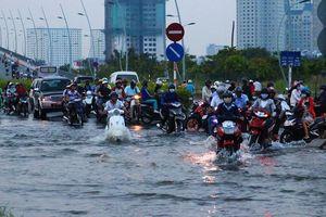 Loay hoay giải bài toán ngập nước