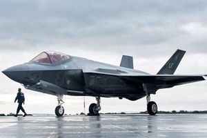 Gạt Thổ khỏi F-35, Mỹ có thể 'mất cả chì lẫn chài'