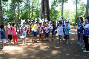 Hoạt động tình nguyện vì trẻ em tại Sóc Trăng