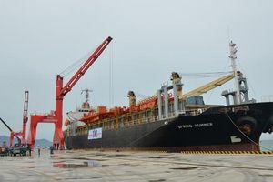 Chuyến tàu quốc tế đầu tiên cập Cảng quốc tế Vĩnh Tân