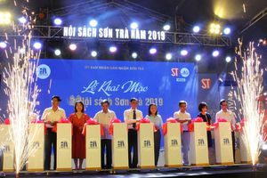 Đà Nẵng: 55 gian hàng tham gia Hội sách Sơn Trà