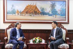 Tham khảo Chính trị Việt Nam - Lào lần thứ tư