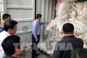 Campuchia phát hiện 83 container rác thải nhựa nhập khẩu bất hợp pháp