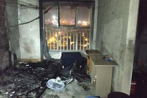 Thắp hương cúng rằm làm cháy căn hộ chung cư