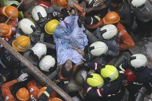 Ấn Độ: Tòa nhà lâu năm sập khiến nhiều người tử vong