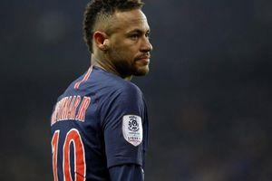 Hé lộ lý do PSG nhất quyết chưa cho Neymar 'đoàn tụ' với Barcelona