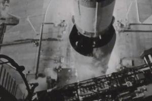 Nhìn lại khoảnh khắc tàu Apollo 11 đưa con người đặt chân lên Mặt Trăng