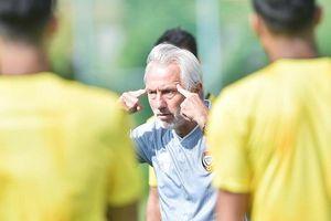 HLV tuyển UAE không dám coi thường ĐT Việt Nam