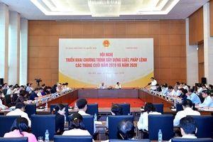 UBTVQH và Chính phủ triển khai chương trình xây dựng luật, pháp lệnh