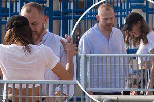 Irina Shayk ôm đàn ông lạ sau 6 tuần chia tay Bradley Cooper