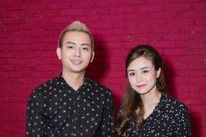 Hoài Lâm sánh vai vợ hot girl ngày quay lại showbiz