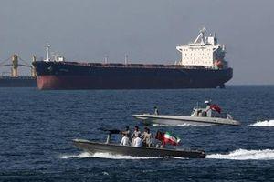 Iran giữ một tàu chở dầu nước ngoài