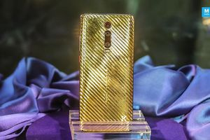 Chi tiết smartphone mạ vàng mới ra mắt, dân chơi mới dám mua