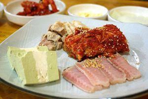 Bạn có dám thử món cá đuối lên men khi đến Hàn Quốc?