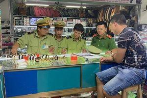 Lạng Sơn: Thu giữ lô đồng hồ nghi giả nhãn hiệu Rolex, Omega
