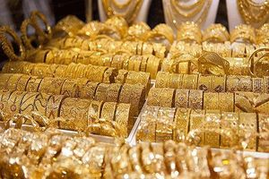 Giá vàng đột ngột vượt 40 triệu đồng/lượng, vàng thế giới cao nhất 6 năm