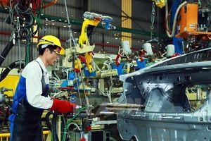'Kích' GDP: Việt Nam nên thúc giải ngân vốn đầu tư công và tăng cường bảo hộ thay vì nới lỏng tiền tệ?