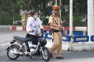 Tình huống vi phạm nào sẽ bị CSGT tạm giữ xe đạp máy?