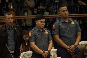 Philippines sa thải hàng ngàn cảnh sát chống ma túy mắc sai phạm