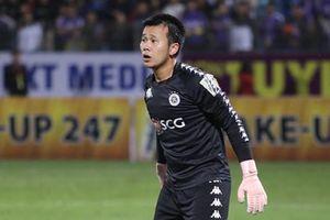 Pha bóng gây tranh cãi trận Hà Nội FC vs HAGL vào top pha cứu thua xuất sắc nhất