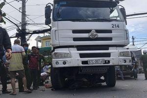 Vụ xe trộn bê tông cán tử vong 1 người ở Sài Gòn: Chạy ô tô vào đường cấm, nạn nhân là nữ sinh 19 tuổi