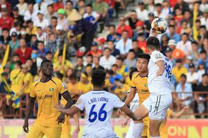 Vòng 17 V-League: Căng thẳng và khó lường