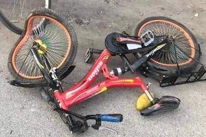 Trẻ 10 tuổi thủng vòm miệng do ngã xe đạp
