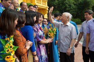 Tổng Bí thư, Chủ tịch nước gặp mặt Đoàn đại biểu Chủ tịch công đoàn cơ sở tiêu biểu