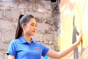 Quảng Bình: Hoa hậu Tiểu Vy phát động làm sạch môi trường biển